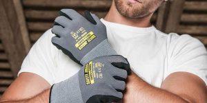 Sử dụng gâng tay bảo hộ trong quá trình lao động là rất quan trọng