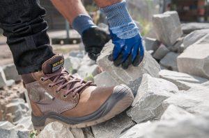 Chất lượng tốt bảo vệ an toàn đôi chân người lao động