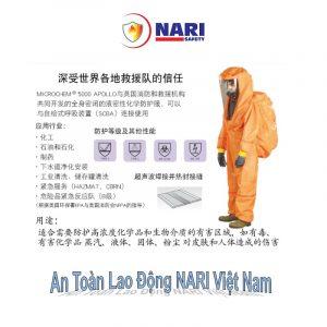 Những bộ quần áo chống hóa chất được làm từ chất liệu cao, có khả năng chống hóa chất, ngăn chặn các tác nhân gây nhiễm, hạt phóng xạ, chống ăn mòn… đảm bảo an toàn cho người lao động